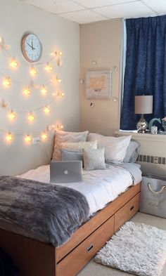 Dorm Room Design Ideas See more ideas about dorm room college room and college dorm rooms. Weve rounded up some dorm room decor essentials you absolutely need and if you pre. Cute Dorm Rooms, College Dorm Rooms, Dorm Room Ideas For Girls, Diy Room Decor For College, Small Bedroom Ideas On A Budget, Cute Dorm Ideas, Cute Beds For Girls, Girl Dorm Rooms, Rooms For Teenage Girl