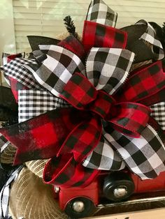 Discover thousands of images about Christmas Wreath Red Truck Wreath Red Truck Farmhouse Christmas Red Truck, Merry Christmas Sign, Diy Christmas Tree, Christmas Door, Plaid Christmas, Country Christmas, Outdoor Christmas, Christmas Wreaths, Christmas Decorations