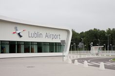 Lublin airport has announced a new scheduled flight to Rome. The new route will be operated by the biggest regional airline in Eastern Europe, Carpatair. New flights will operate from Lublin twice a week, on Mondays and Fridays.