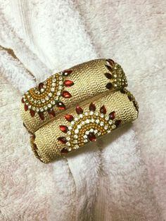 To order, pls what's app on 9704084116 Silk Thread Bangles Design, Silk Thread Necklace, Thread Jewellery, Beaded Jewelry, Handmade Jewelry, Kundan Bangles, Silk Bangles, Sewing Collars, Bangles Making