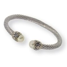 John Medeiros #bracelet, I just love those #pearls and the #silver together