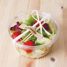 10 x To go boxes / Salad bowl / Clear Box by Twomysterybox on Etsy Salad Packaging, Bakery Packaging, Food Packaging Design, Food Trays, Food Containers, Healthy Life, Healthy Snacks, Healthy Recipes, Food To Go