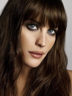 Liv Tyler perfect smokey eye