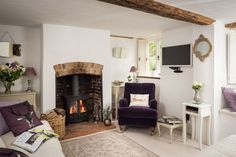 Fireplace, beams Faerie Door Cottage in Wiltshire England via Unique Home Stays Holiday Rentals Cottage Shabby Chic, Country Cottage Interiors, Romantic Cottage, Romantic Homes, Romantic Lace, Cottage Living Rooms, Cottage Homes, My Living Room, Storybook Homes