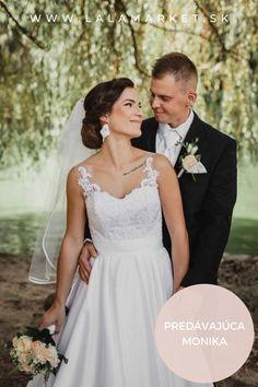 Cena: 250 € Silueta: A-Línia Veľkosť na štítku: 36 (EU) Značka/dizajnér: Šité na mieru Stav: Použité (oblečené na svadbe) #svadobnesaty #svadba #nevesta #weddingdress #wedding #bride #weddingoutfit #slowfashion Silhouettes, Wedding Dresses, Fashion, Bride Dresses, Moda, Bridal Gowns, Fashion Styles, Weeding Dresses, Silhouette