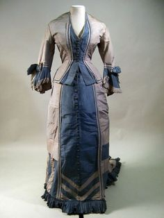 Manchester Art Gallery 1875, Bustle dress  that is made of silk and cotton.