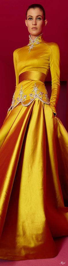 Gold Fashion, Fashion 2020, Fashion Show, Alexis Mabille, Mellow Yellow, Bright Yellow, Glamour, Haute Couture Fashion, High End Fashion
