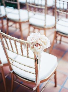 Dainty roses: http://www.stylemepretty.com/2015/07/29/romantic-pink-inspired-darlington-house-wedding/ | Photography: Jen Wojcik - http://www.jenwojcikphotography.com/