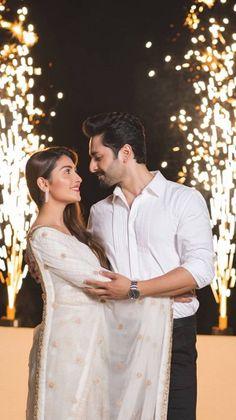 Indian Wedding Couple Photography, Wedding Couple Poses Photography, Girl Photography Poses, Diwali Photography, Photo Poses For Couples, Couple Photoshoot Poses, Couple Shoot, Couples Images, Couple Pictures