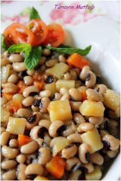 Zeytinyağlı Kuru Börülce Breakfast Recipes, Snack Recipes, Cooking Recipes, Healthy Recipes, Slushies, Turkish Kitchen, Iftar, Turkish Recipes, Black Eyed Peas