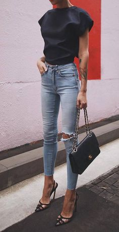Streetstyle Casual Outfits Ideen Mode Outfits - - Source by outft_pnme Outfit Jeans, Blouse Outfit, Black Jeans Outfit Night, Outfits With Black Jeans, Black Jeans Summer, Light Blue Jeans Outfit, Jeans Outfit Summer, White Jeans, Fashion Mode