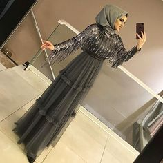 The picture can contain: 1 person standing and inside Hijab Evening Dress, Hijab Dress Party, Hijab Wedding Dresses, Muslimah Wedding Dress, Evening Dresses For Weddings, Abaya Fashion, Muslim Fashion, Fashion Dresses, Modest Fashion