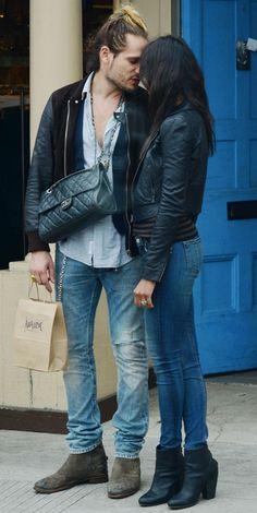 Трогательная Зои Салдана с мужем - http://spletnitv.ru/trogatelnaya-zoi-saldana-s-muzhem/