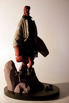 Mike Mignola 版 1/6 比例《地獄怪客》雕像 | 玩具人Toy People News