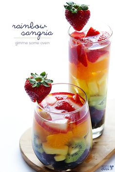 Easy Rainbow Sangria #wine #party #drink #fruit #summer #strawberry