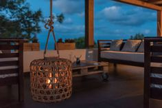 Realizzazioni : Modern balcony, veranda & terrace by Change Gravity Home&Style