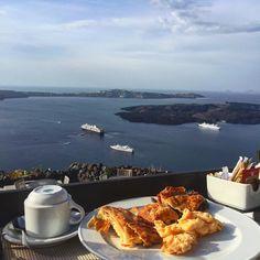 Wakie breakie x #breakfast #morning #santorini #greece #dreamland #vacation #world by yulina.y