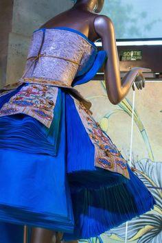 Guo Pei Couture 2016 Paris - NOWFASHION
