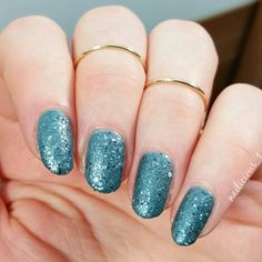 """@lorealparisde Color Riche - """"Masque Lover"""" with an amazing """"Granite effect"""" from their """"Dark Sides of Grey Collection""""  I absolutely love this effect, since the polish is not as gritty as sand polishes.  #nailart"""