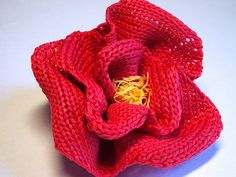 Red Rose Flower Knit and Crochet Pattern pattern by Camelia Shanahan #knit #free_pattern