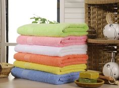 In this article, the most beautiful bath towels with you. Bath towels give a soft touch at your skin in the bathroom after a nice bath. A nice shower relaxes people.