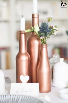 Diy wedding deco table inspired copper and white l la fiance Diy Party Table Decorations, White Wedding Decorations, Table Diy, Bottle Painting, Diy Painting, Deco Champetre, Bottle Design, Wedding Table, Panda