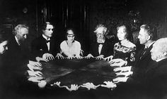 Seance Scene in Dr. Mabuse the Gambler Seance scene in the German silent film Dr. Mabuse, der Spieler (in English Dr. Mabuse: The Gambler) directed by Fritz Lang and starring Rudolf Klein-Rogge. The Gambler, Tarot, Doctor Who Cast, Fritz Lang, Silent Film, Talking To You, Creepy, Psychology, Victorian