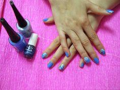 The Nails Trendy: Blue Love  http://nailstrendy.blogspot.com.es/2014/05/blue-love.html