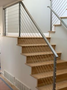 Cable Stair Railing, Staircase Railing Design, Interior Stair Railing, Modern Stair Railing, Modern Stairs, Wood Stair Railings, Stairway Railing Ideas, Bannister Ideas, Stainless Steel Stair Railing