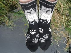 knit socks with cat wool socks knitted socks Scandinavian pattern Norwegian socks Christmas socks gift to man. gift to woman knit socks with cat wool socks knitted socks by WoolMagicShop. Crochet Socks, Knitted Slippers, Wool Socks, Knitting Socks, Hand Knitting, Knitting Machine, Crochet Granny, Loom Knitting Patterns, Winter