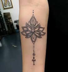 """Résultat de recherche d'images pour """"mandala lotus tattoo"""""""