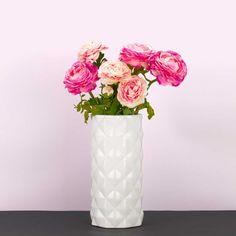 """Jarra decorativa , modelo """"Diamante"""" em cerâmica. Homelike Decor #homelikedecor Ecommerce Hosting, Templates"""