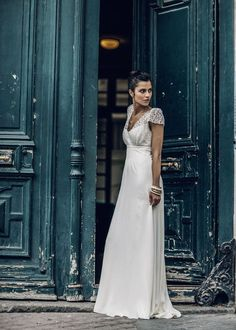 With lots of vintage-style lace incorporated into modern designs, Parisian wedding dress designer, Laure de Sagazan's new collection has a beautiful natural appeal … photos by Laurent Nivalle via Vogu