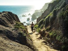 10 Unconventional L. Walks You'll Actually Want To Take // Malibu's El Matador State Beach San Diego, San Francisco, Oh The Places You'll Go, Places To Travel, Places To Visit, Pacific Coast Highway, Malibu California, California Travel, Big Sur