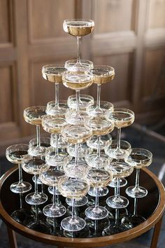 Tower of champagne for a gatsby glam wedding send off, Photo by Ashley Ludaescher photography Gatsby Wedding, Chic Wedding, Wedding Day, French Wedding, New Years Wedding, Wedding Dinner, Glamorous Wedding, Champagne Tower, Champagne Party
