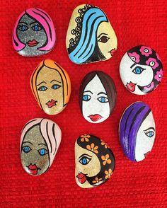 #taşboyama #tasarim #stones #sipariş #design #dekorasyon #decoration #unique #handmade #stand #bodrum #yalıkavak #instadesign #instadecor #instastyle #instastoners #instafollow #takip #turkinstagram #koalaartbydamla #contact #instadaily #instaphoto #photooftheday  #vscocam #magnet #kız #girl #renk