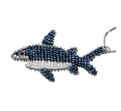 Beaded Shark Keychain or Zipper Pull - African beaded animal keyring Pony Bead Crafts, Wire Crafts, Seed Bead Patterns, Beading Patterns, Bead Animals, Beaded Jewelry, Beaded Necklace, Cute Polymer Clay, Bead Loom Bracelets