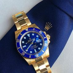 ROLEX - The iconic watch designer has grown to become a symbol of success, taste and wealth. A gorgeous Rolex on your wrist means everything! Rolex Submariner Gold, Rolex Datejust, Gold Rolex, Diamond Rolex, Rolex Blue, Rolex Watches For Men, Luxury Watches For Men, Men's Watches, Luxury For Men