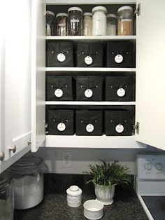 This blog is amazing -- so many great frugal organization and recycling ideas!