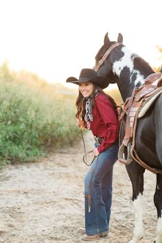 Western Riding, Western Wear, Cowgirl Outfits, Western Outfits, Country Style Outfits, Country Fashion, Cowgirl Pictures, Rodeo Life, Cowgirls