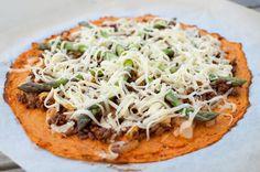Søtpotetpizza med tacokjøttdeig og asparges | Kvardagsmat : heimelaga -men enkelt