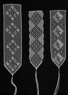 Bobbin lace pattern, your first bookmark http://www.geocities.com/carolgallego/bookmarks.html