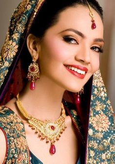 Pakistani Fashion Model  Amina Sheikh Gorgeous Bridal Makeover Shoot By Huma Ali