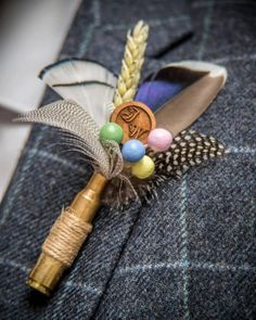 Country style feather personalised button hole. Artificial Hand, Feather Boutonniere, Personalized Buttons, Button Hole, Dry Hands, Lapel Pins, Twine, Artisan, Guinea Fowl