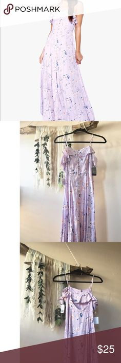 Forever 21 Lavender Floral Maxi Dress Bought this dress for my sisters bridal shower and I never wore! This dress still has the tags on it and is in perfect condition. Forever 21 Dresses Maxi