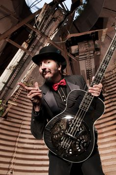 Les Claypool... I liked Primus. Playing bass made me truly discover him on another level. There can only be one.