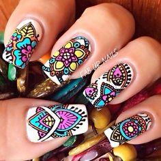 Num dedo só fica melhor.... tribal nails - 65 Colorful Tribal Nails Make You Look Unique <3 !