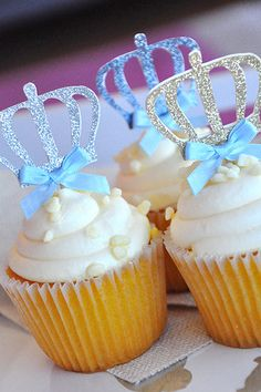 Our Confetti Momma The Little Prince inspired cupcake toppers are perfect for adding a little sparkle to your little Princes birthday. They will