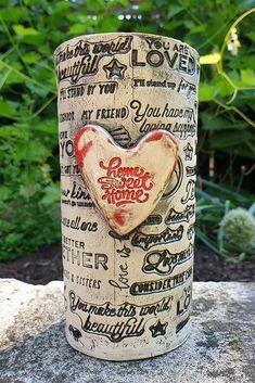 großer Trinkbecher mit Henkel aus Keramik...für Tee oder Kaffee 😉 ...von kreativesbypetra   #Keramik #ceramik #ton #töpfern #töpferei #DIY #handmade #handgefertigt #Handwerk #kunstwerk #Unikat #geschenk #present #pottery #schale #räucherschale #räucherkegel #Glasur #glaze #glasurbrand #Esoterik #spirituell #Spiritualität #duft #düfte #botz #plattentechnik #tee #tea #kaffee #coffee #cup #trinkbecher #love #heart