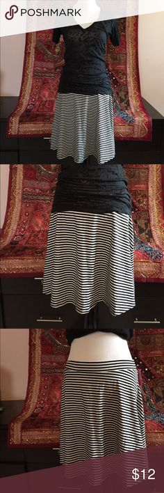 Xhilaration striped skirt Large but could fit a M- hangs right above knee Skirts
